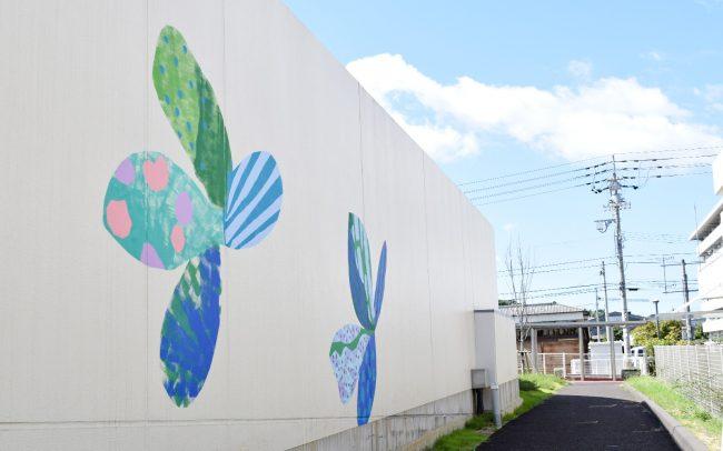 ホスピタルアート 四国こどもとおとなの医療センター 壁画「海を渡る蝶」